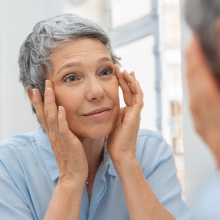 Genetic polymorphisms that affect the premature skin aging